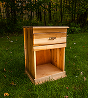 Mountain Maple Nightstand with 1 drawer